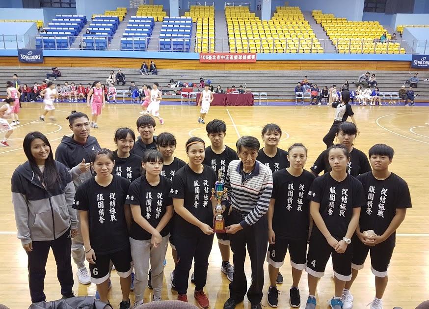 女子籃球校隊照片14